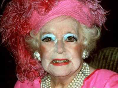 Dame Barbara Cartland closeup with bad makeup