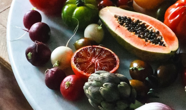 vegan diet of healthy colourful foods