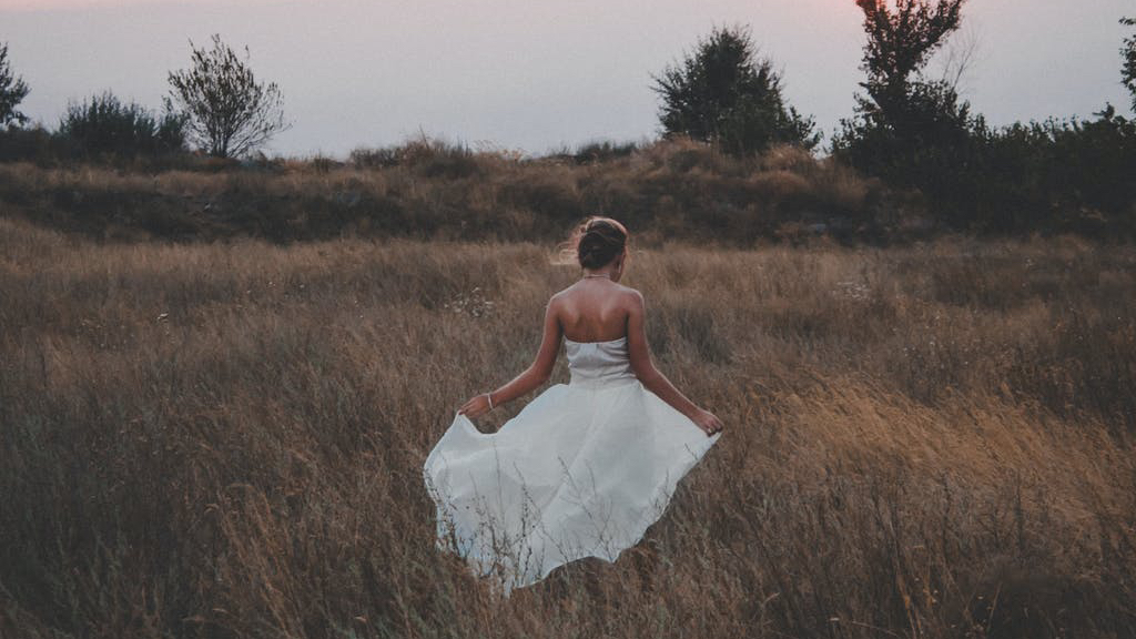 getting married outdoors